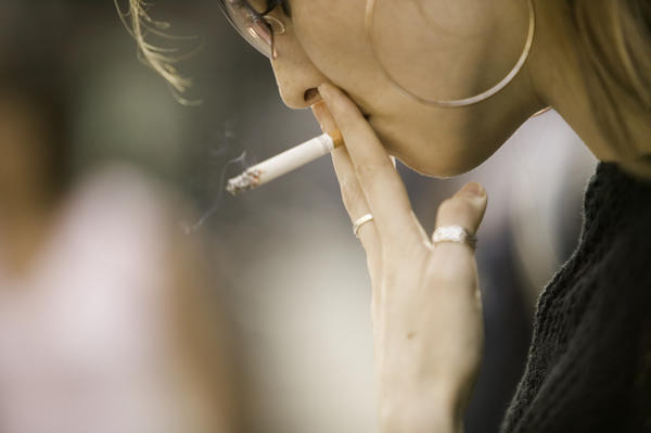 Is acupuncture effective for  smoking cessation?