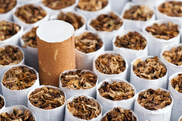 Does smoking increase your uric acid levels?