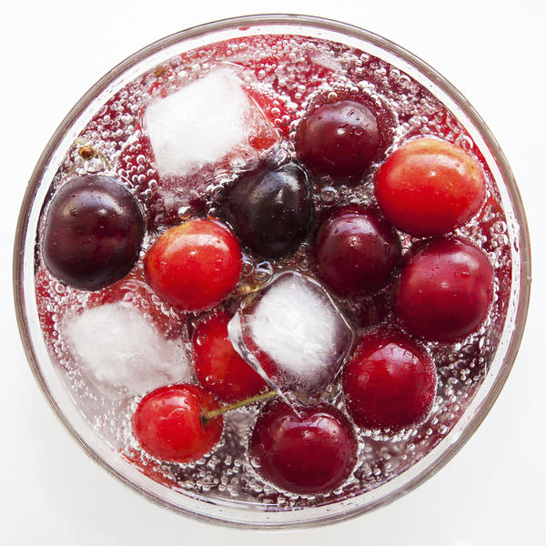 Is cranberry juice good for cramps?