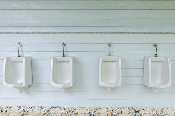 How do I know if I have urinary incontinence?
