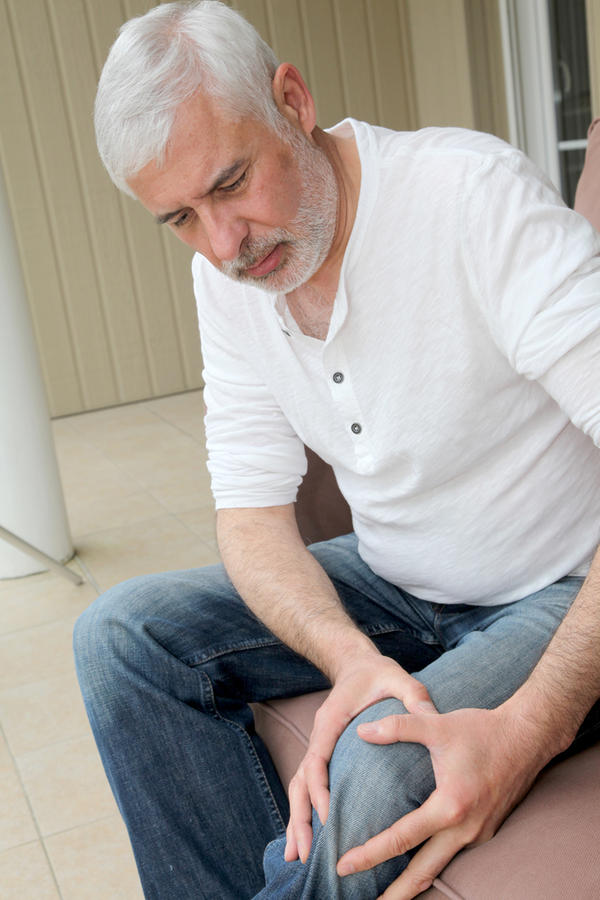 Does prolotherapy help with chronic knee arthritis?