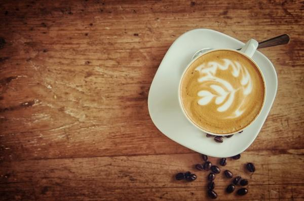 If Caffeine Strobe lights and heat triggered  my seizures in the past. can Caffeine with it being a trigger to my migraines cause seizures to return?