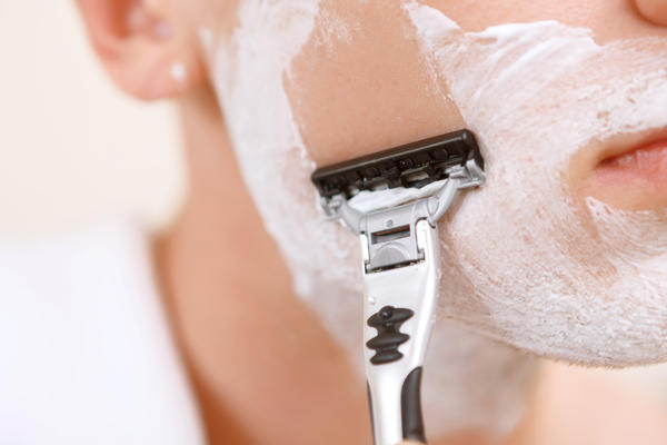 I've been curious about face shaving with the touch and go razors. Is it safe if your careful? What's your opinion don't like facial hair it's dark. Ty