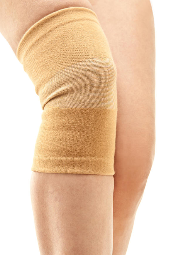 What is treatment for full thickness cartilage tear in knee?