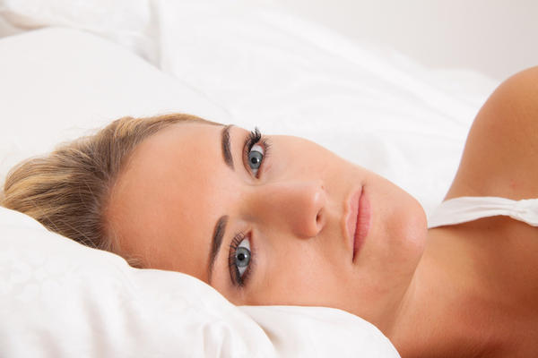 Can vitamin b deficiency cause nightmares?