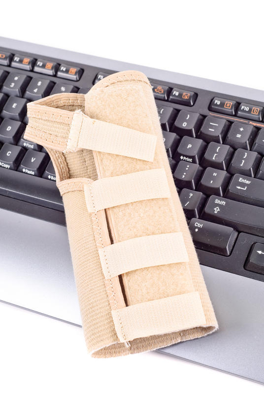 Should I return to typing after endoscopic carpal tunnel release?