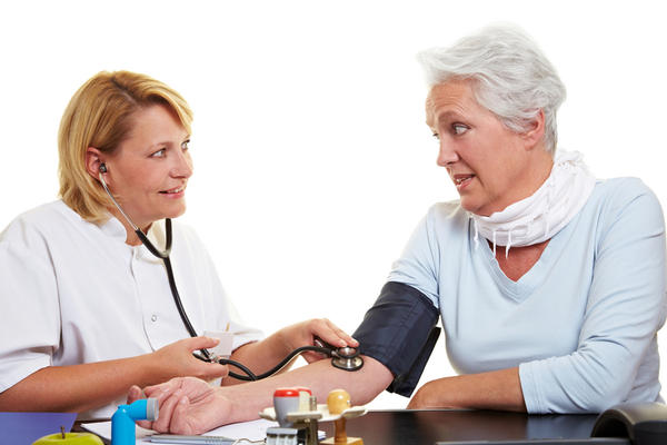 How would i determine if my mother has high blood pressure or low blood pressure?