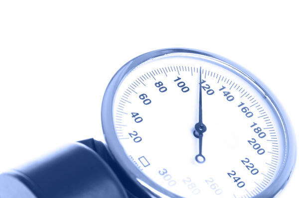 Is the blood pressure in the lungs separate from the heart blood pressure?