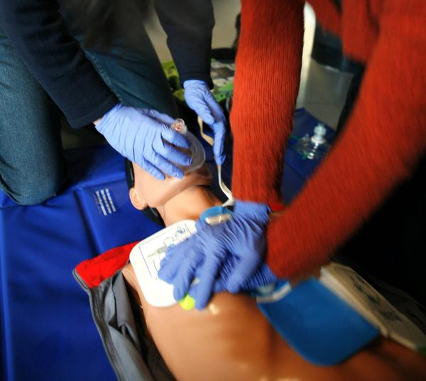 Can you give cpr to someone who may have a broken neck?