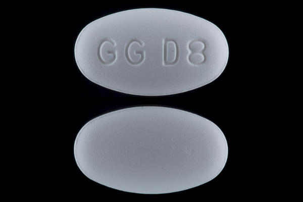 Can i take azithromycin with mucinex (guaifenesin)?