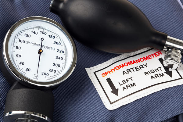 What is more accurate. Arterial blood pressure invasive through the artery or a stethoscope?