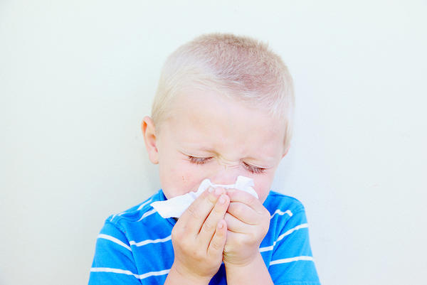 What are steps a person can take to cure the common cold?