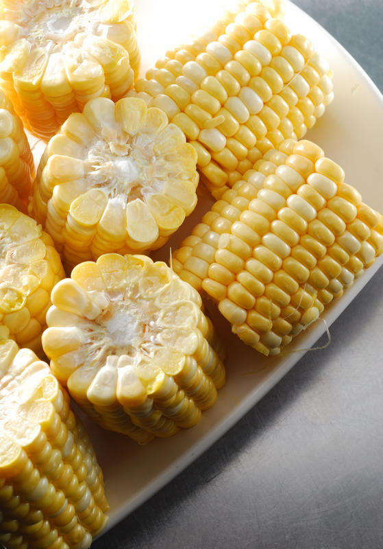 Are there safe alternative therapies for corns?