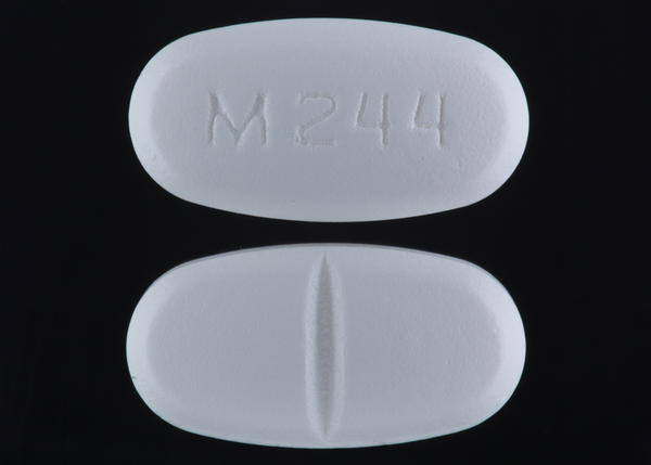 What are the medical uses of metformin hydrochloride?