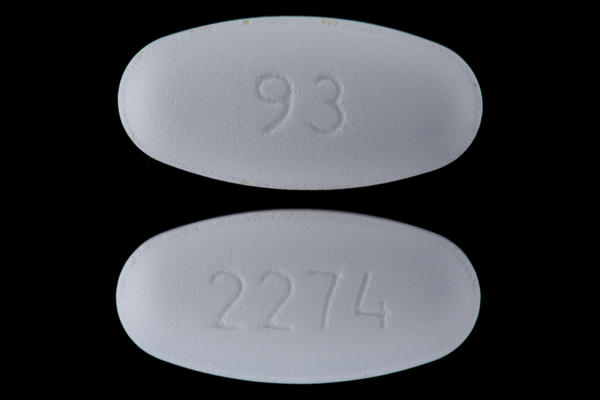 Could you take augmentin (amoxicillin and clavulanate) 875 and hydrocodone together?