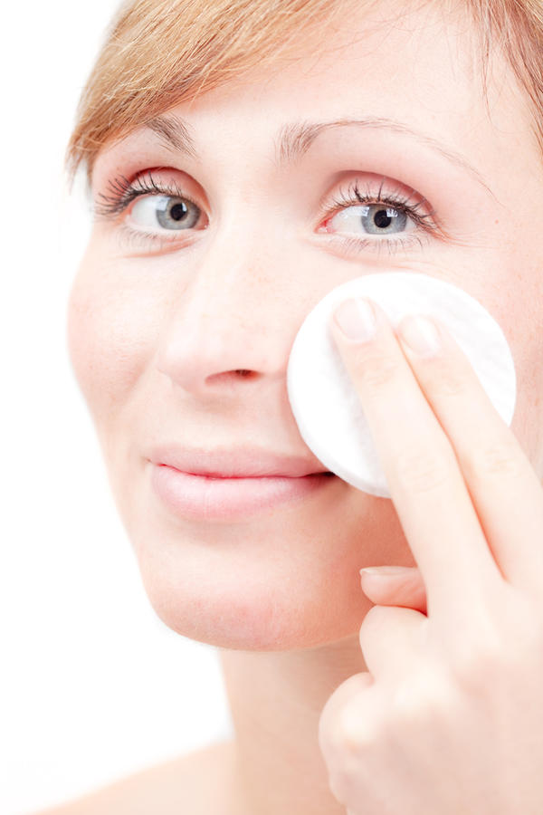 What causes expulsions to come out of your pores and leave your skin  white splotchy patches ?