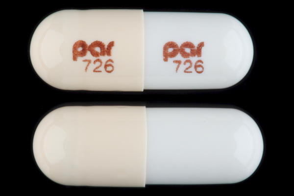 Can you take doxycycline and amoxicillin at same time?