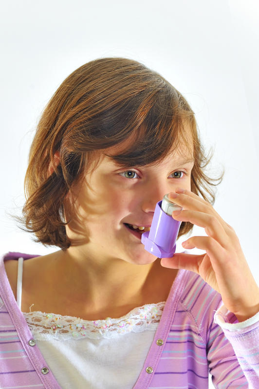 What are the side effects of dry powder inhaler?