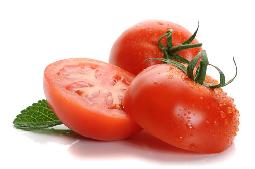 Tomato allergy or cheese intolerance if bloated after eating fresh pizza?