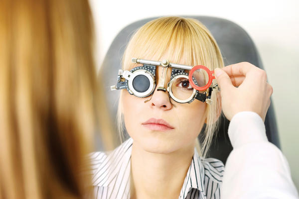 How can you calculate visual acuity based on eyeglass prescription?