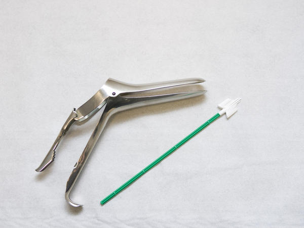 How bad does it hurt to get a pap smear with speculum?