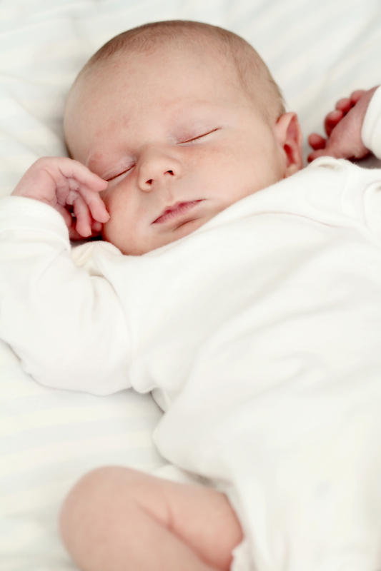 Can a newborn have a congenital heart defect?
